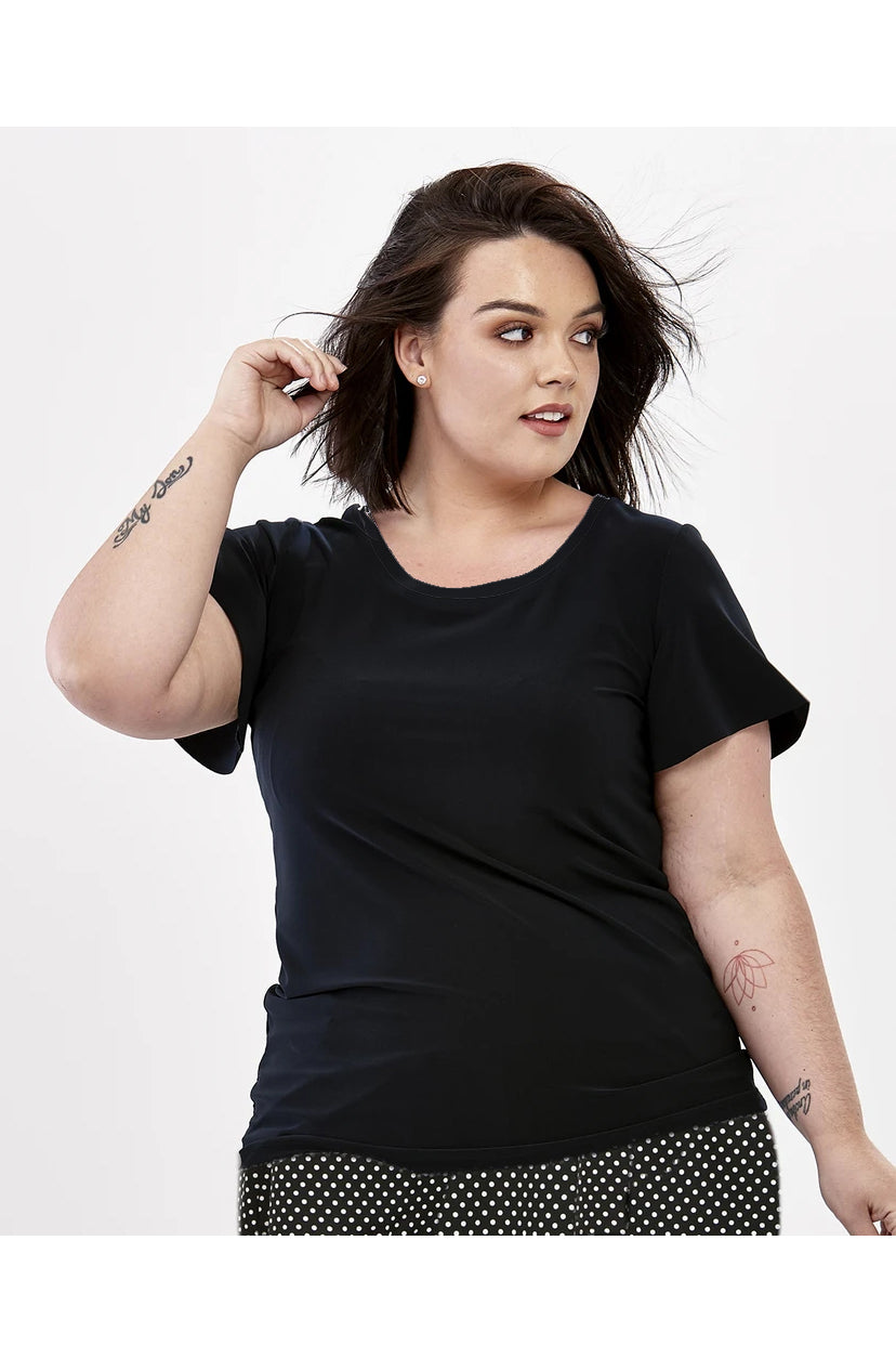 Flutter Sleeve Top by Zaan, short sleeves, flutter sleeves, black T-shirt, wrinkle free, sizes XS to XL, made in Quebec