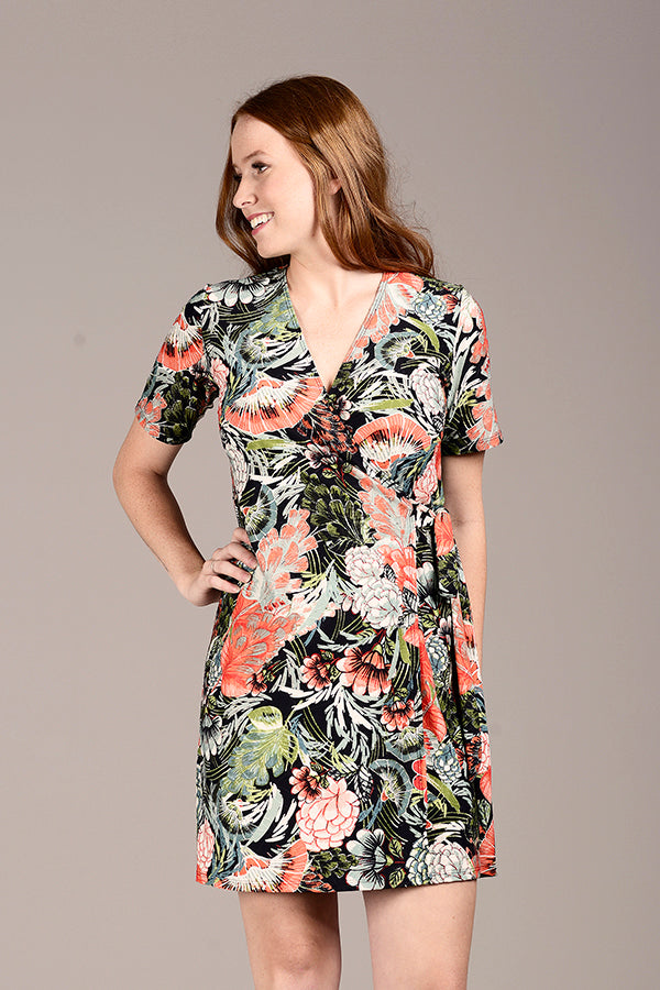 Crossover Dress by Zaan, Calipso print, wrap dress, adjustable tie, short sleeves, polyester, made in Quebec