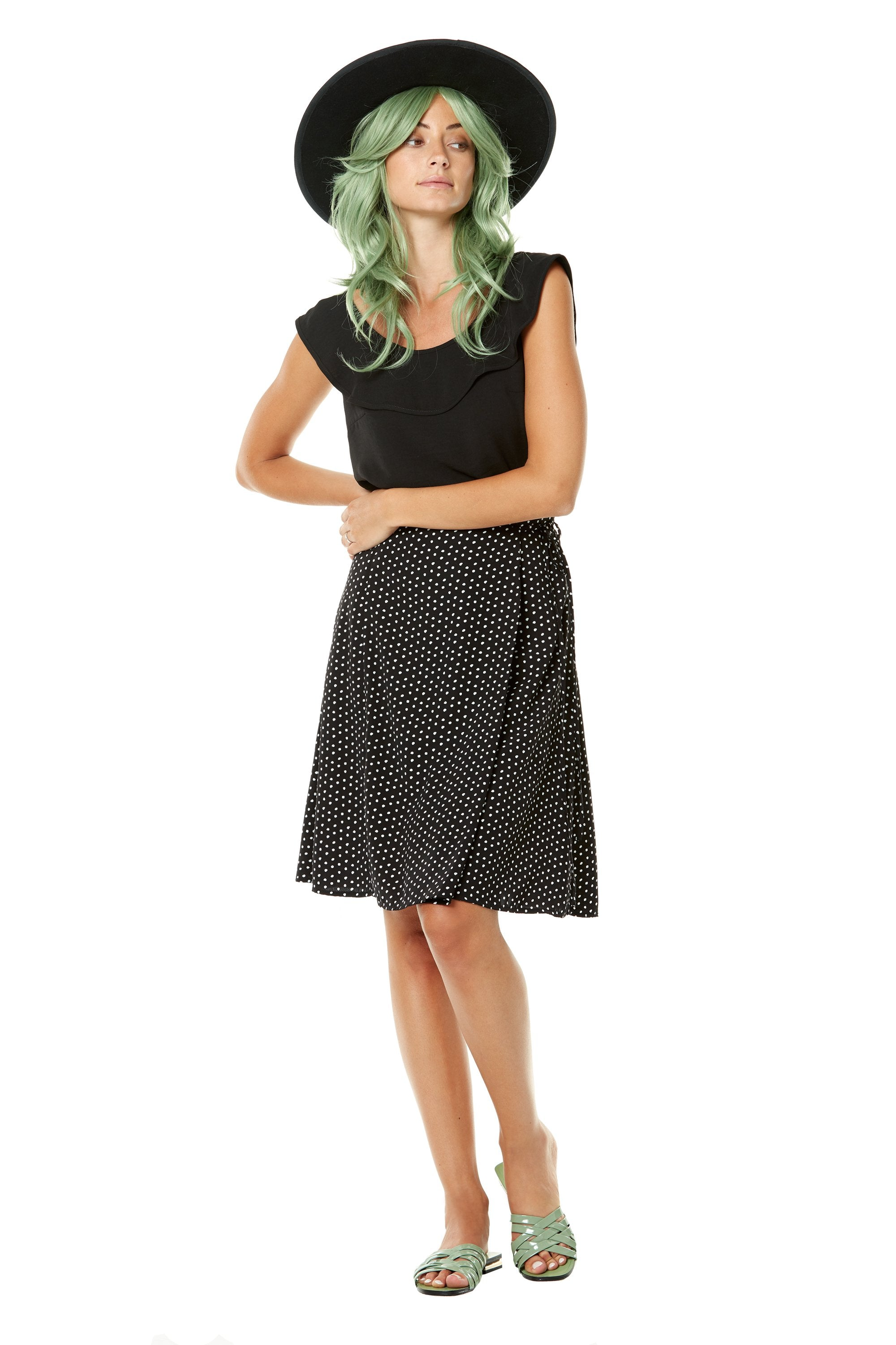 Jujyfruits Skirt by Annie 50, Black and White Dots, faux wrap, flared skirt, lined, pockets, sizes XS to L, made in Quebec
