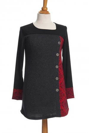 RIEN NE SE PERD Copernic Tunic in Red and Black Mandala FW2020/2021 (front view, detail)