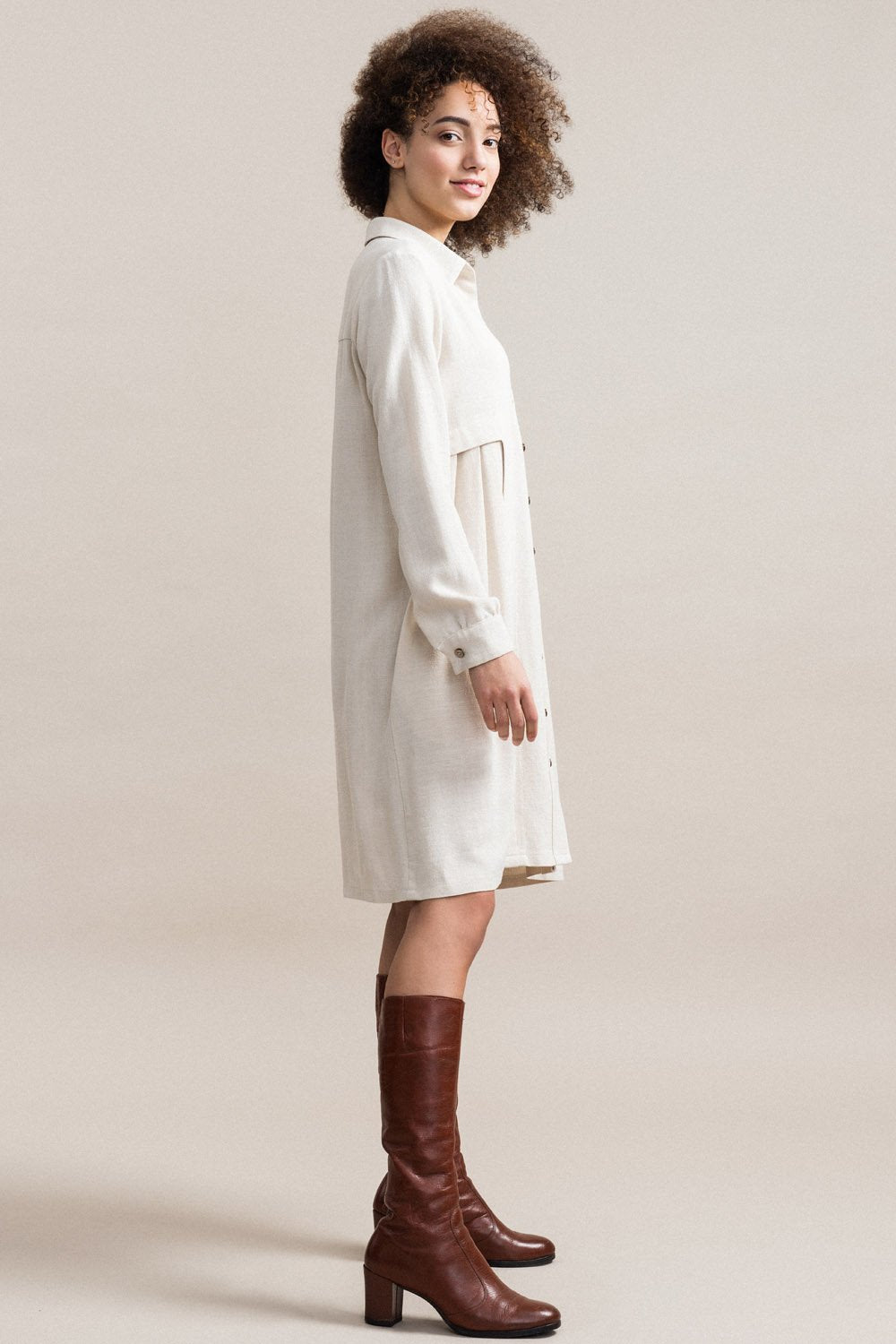 JENNIFER GLASGOW Inari Shirt Dress in Natural (side view, full length) FW2020/2021