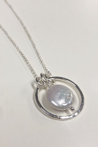 Sterling Silver Hammer Textured Coin Pearl Necklace