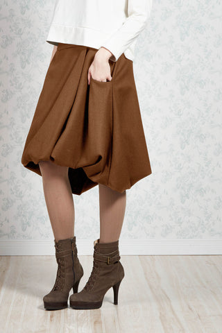 Melow par Melissa Bolduc, Sarah Wool , wrap around,  bubble skirt in nutmeg, Made in Montreal