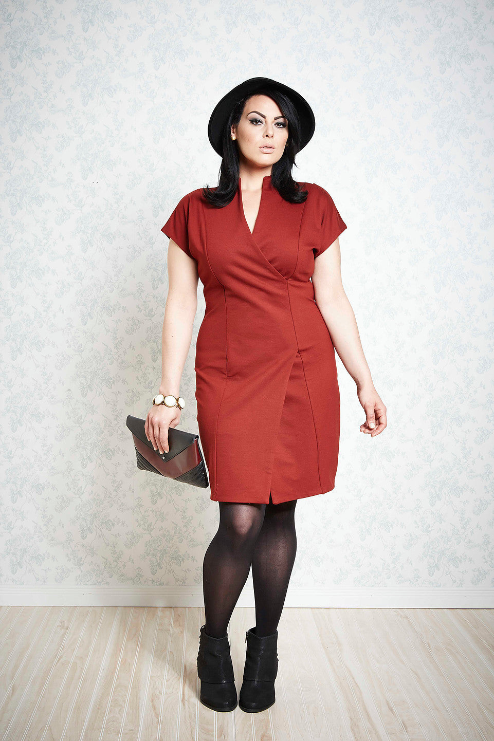 Melow par Melissa Bolduc, Shanon dress in Marsala, PDR, stretchy and stiff, Made in Montreal