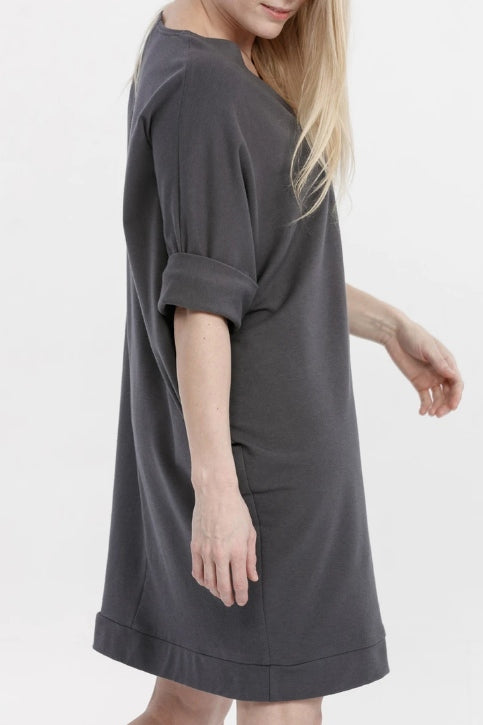 ADVIKA Janet Tunic in Shadow (detail, rear side view) FW2020/2021