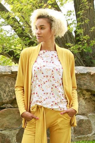 Alissa Cardigan by Moovment, Straw, modal, blazer styling, patch pockets, sizes XS to XXL, made in Quebec