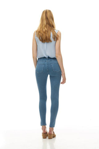 RACHEL Classic Rise Skinny Yoga Jean in Beach House, back view, skinny jean, 30 inch inseam, light blue colour, sizes 24-34, made in Canada