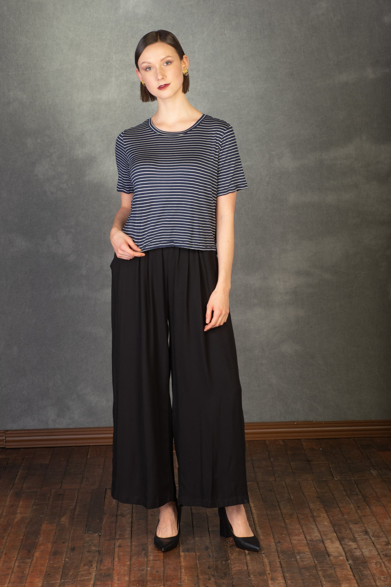 Ayla Top by MAS, Navy with White Stripe, T-shirt, boxy fit, half-length sleeve, cropped fit, size XS to XL, made in Montreal