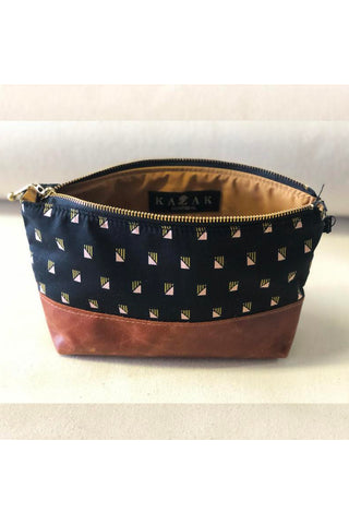 La Trousse - Black w/rectangle  Fabric Pouch