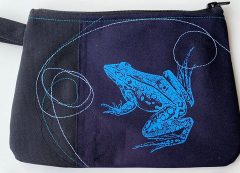 Cynthia Dm waterproof pouch- Blue Frog and Beige Falcon
