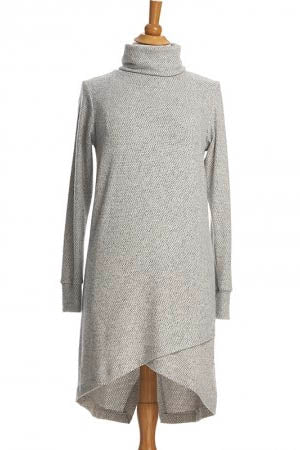 RIEN NE SE PERD Capricorne Dress in Light Grey FW2020/2021 (detail, front view)