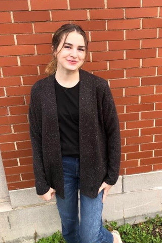 MOOVMENT - Alissa Cardigan in Speckled Black FW2020/2021 (front view)