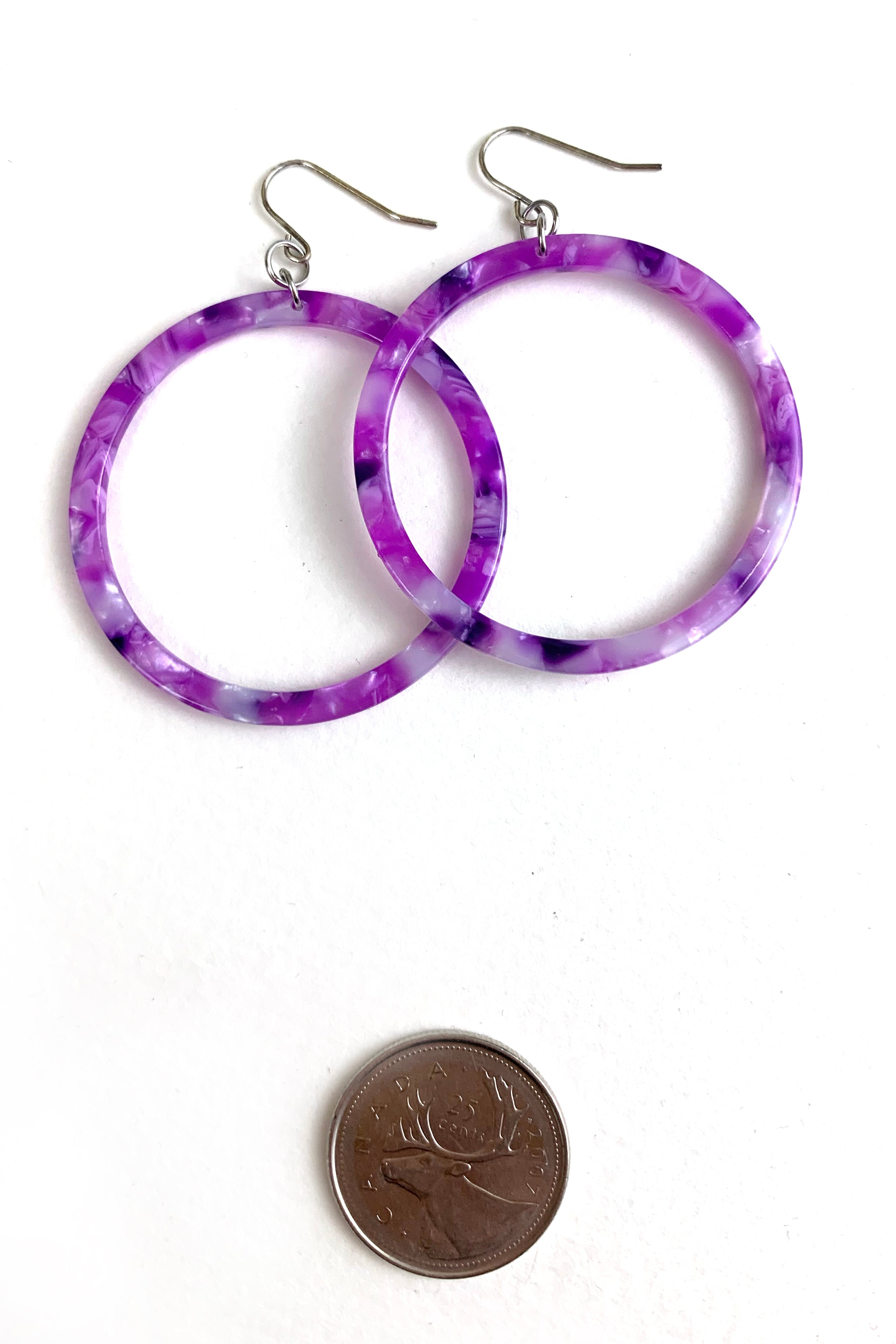 L Cellulose Acetate Round Hoop Earrings