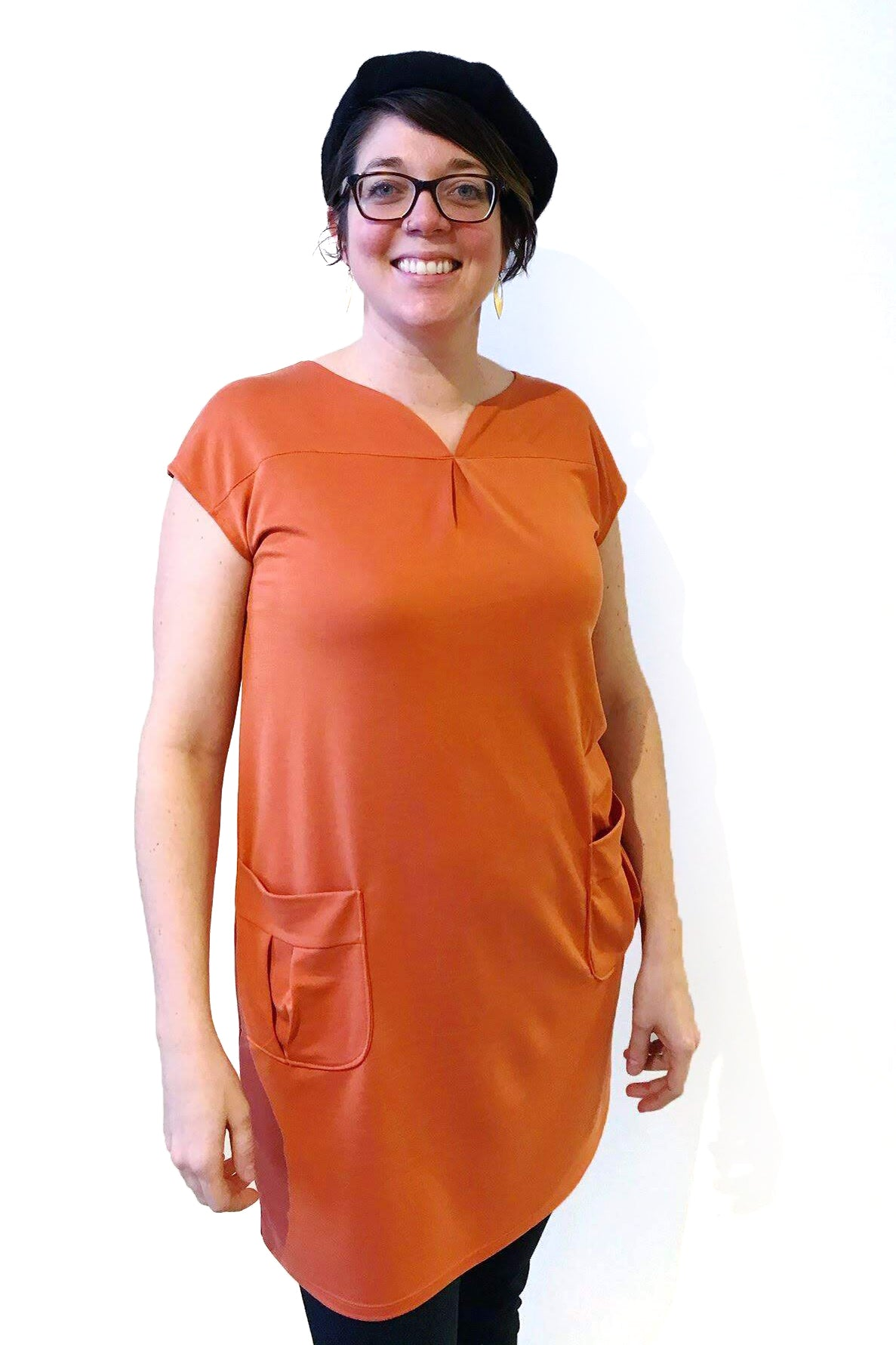 Harya Dress by Moovment, Tangerine, cap sleeves, notched neckline, patch pockets, modal, sizes XS-XXL, made in Quebec