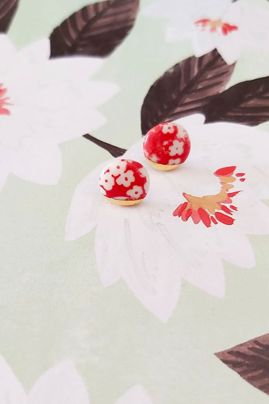 Large Floral pattern stud earrings with silkscreen and gold lustre
