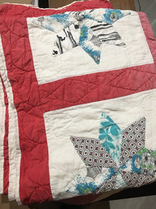 Vintage Quilt - Red / White Blue