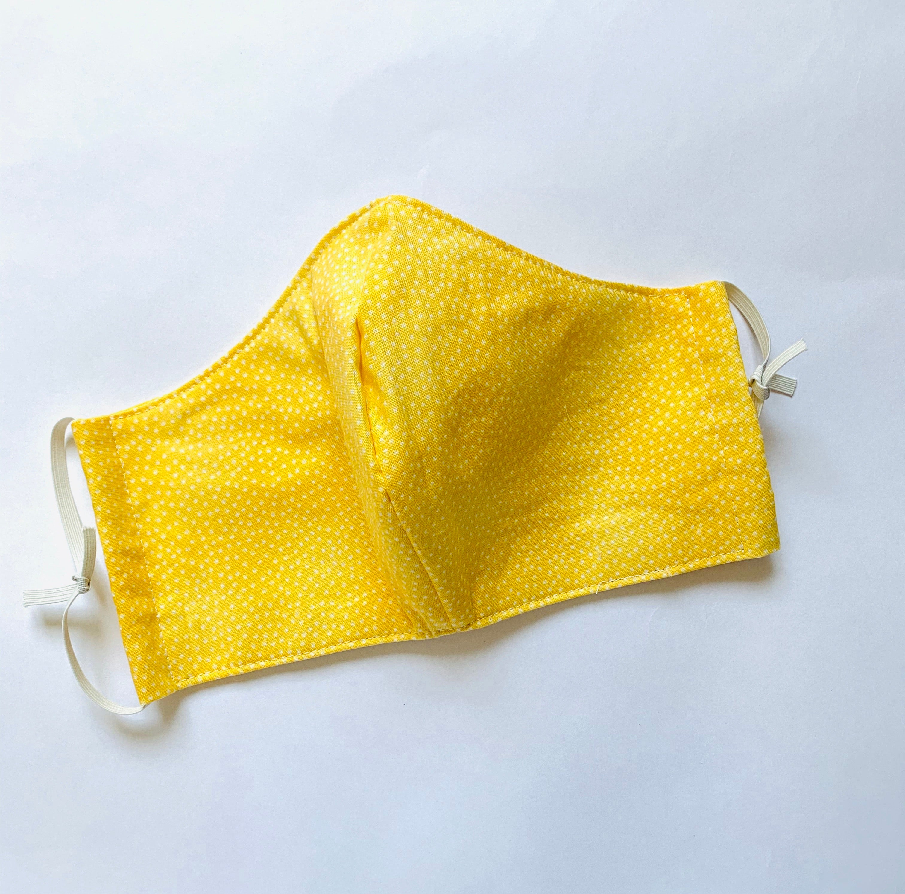 Yellow mask with filter pocket - adult only