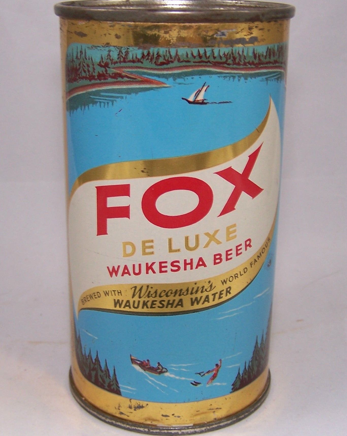 Fox Deluxe Waukesha Beer (Brown writing) USBC 65-27, Grade 1-