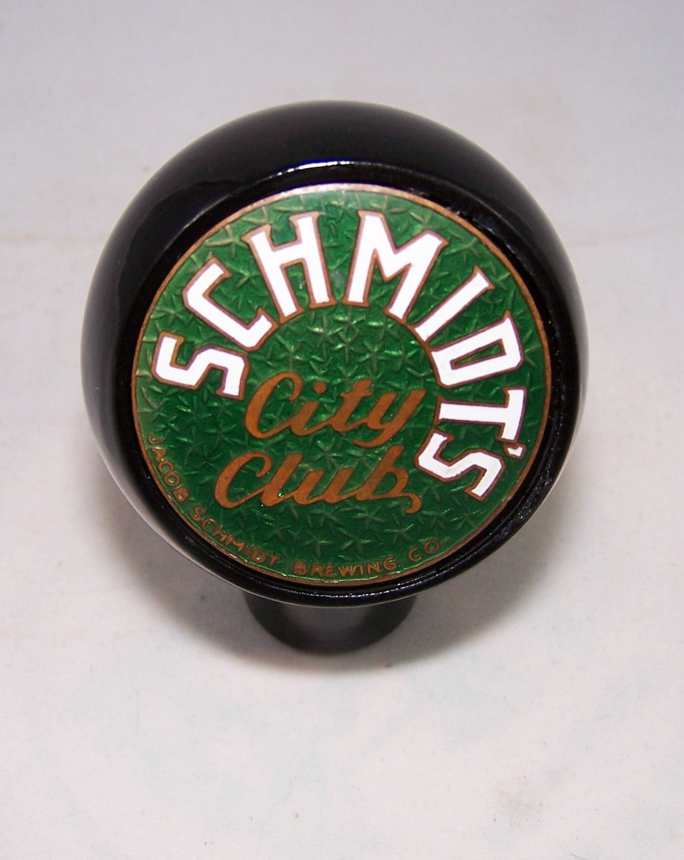 Schmidt's City Club , Tap Markers page 72-562, Grade 9+ Sold on 02/13/16