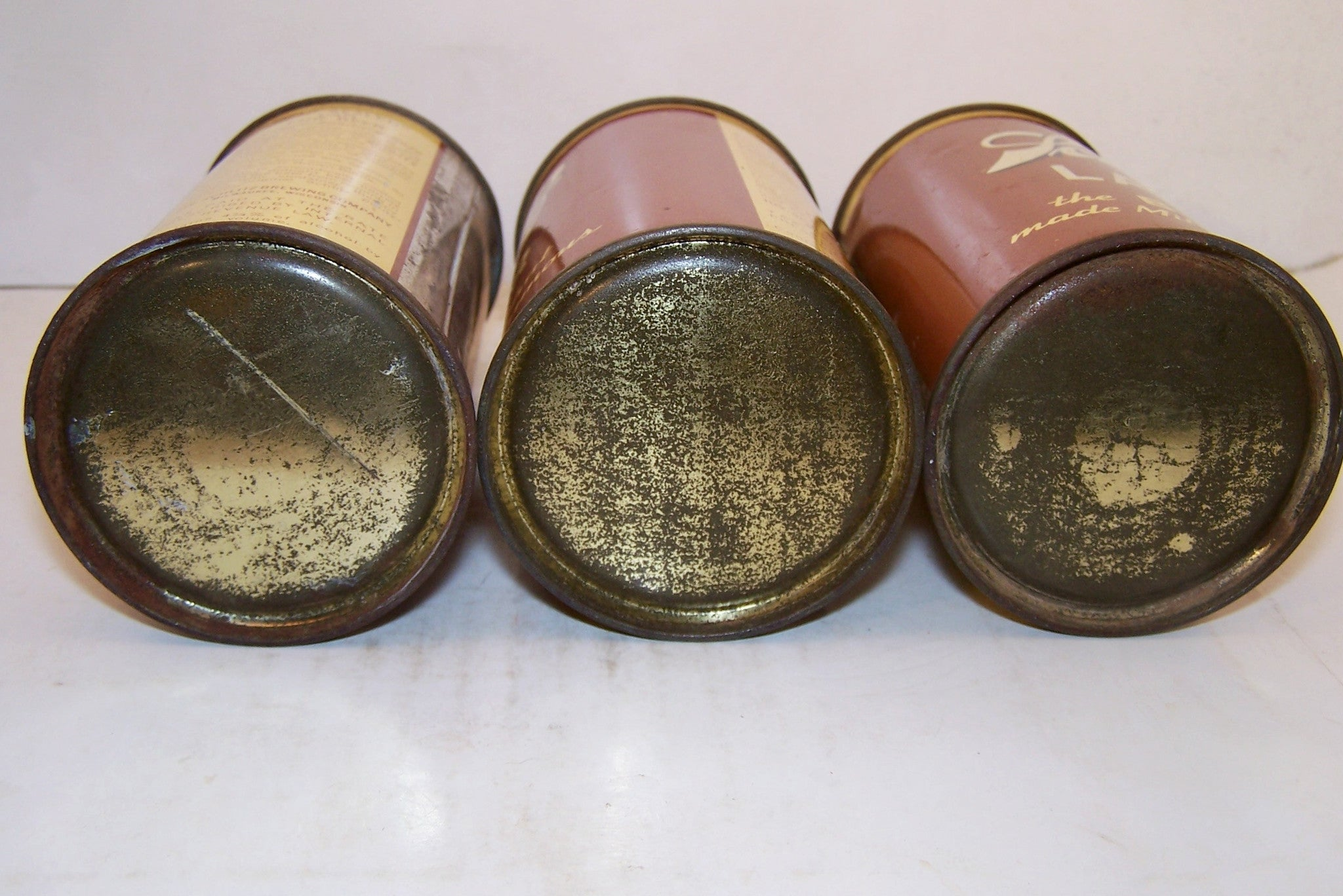 Find of Schlitz Lager flat bottom cones, USBC 183-12 Grade 1 Sold out!