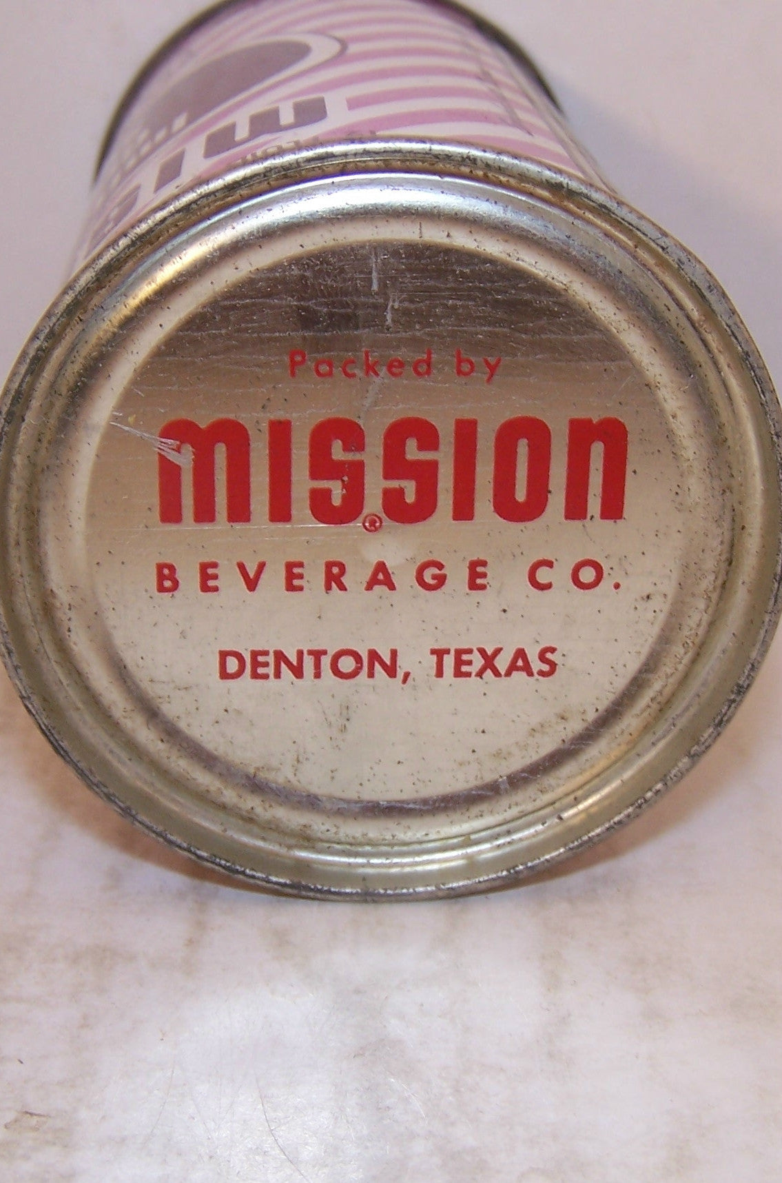 Mission Imitation Grape Soda, 2007 soda book page 84, Grade 1-