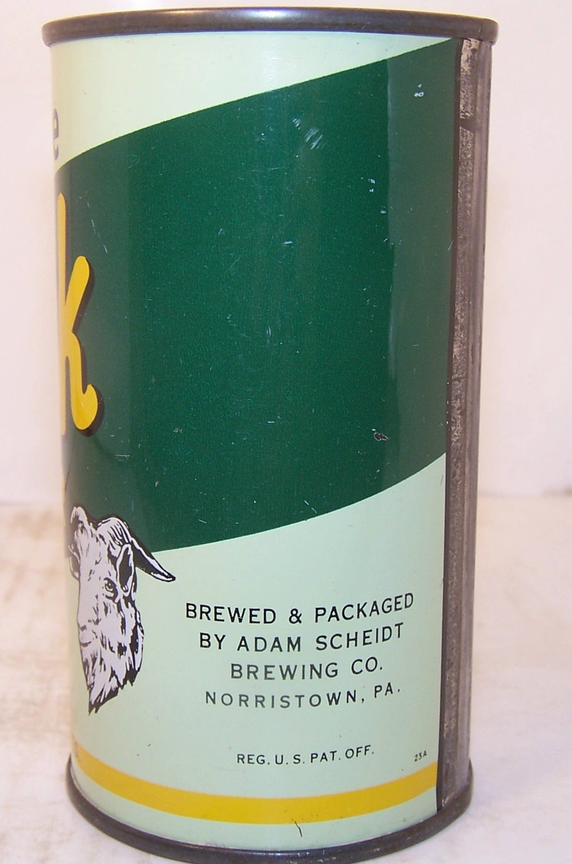 "Valley Forge Bock Beer USBC 143-8 ""Valley Forge in black letters"" Grade 1/1+"