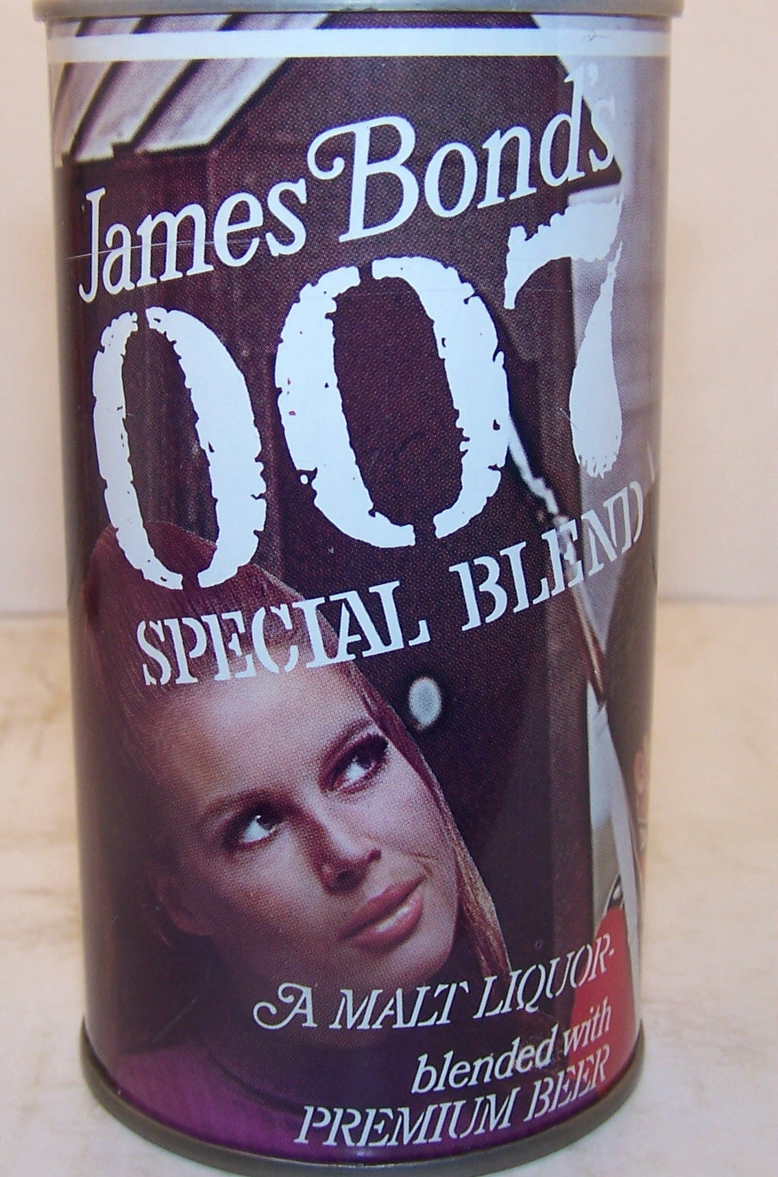 James Bond's 007 White stripe Malt Liquor, USBC II 82-34, Grade A1+ Sold on 10/07/16