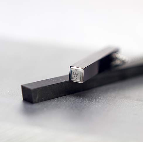 Vanacci Tungsten pendant surrounded by tungsten bar