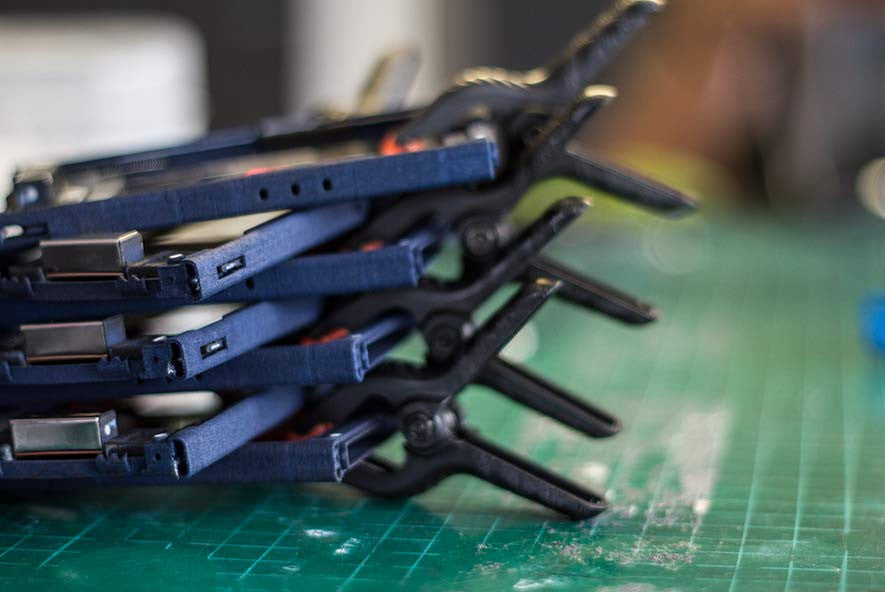 Internal components for the carbon evo wallets drying in a stack