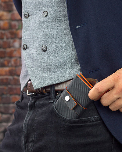 Vanacci pocket wallet in the hands of a man