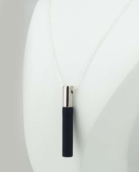 Lockstone Plus Palladium Pendant & Three Black Stones Her