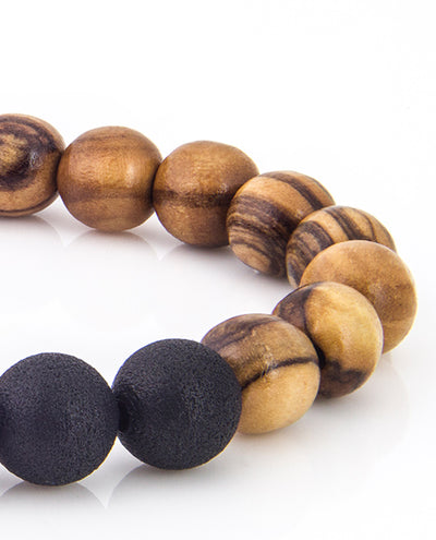 Vanacci olive wood bracelet Close