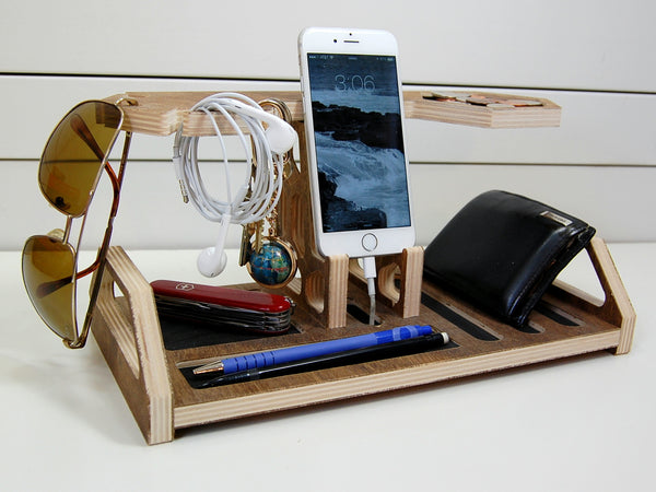 Honeycomb Docking Station and Catchall