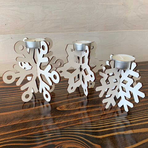 products/Pinecone_Home_Snowflake_Candles_SQ_2.jpg