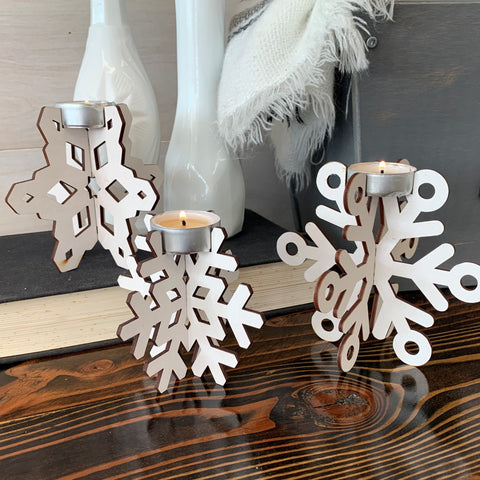 products/Pinecone_Home_Snowflake_Candles_SQ_9.jpg