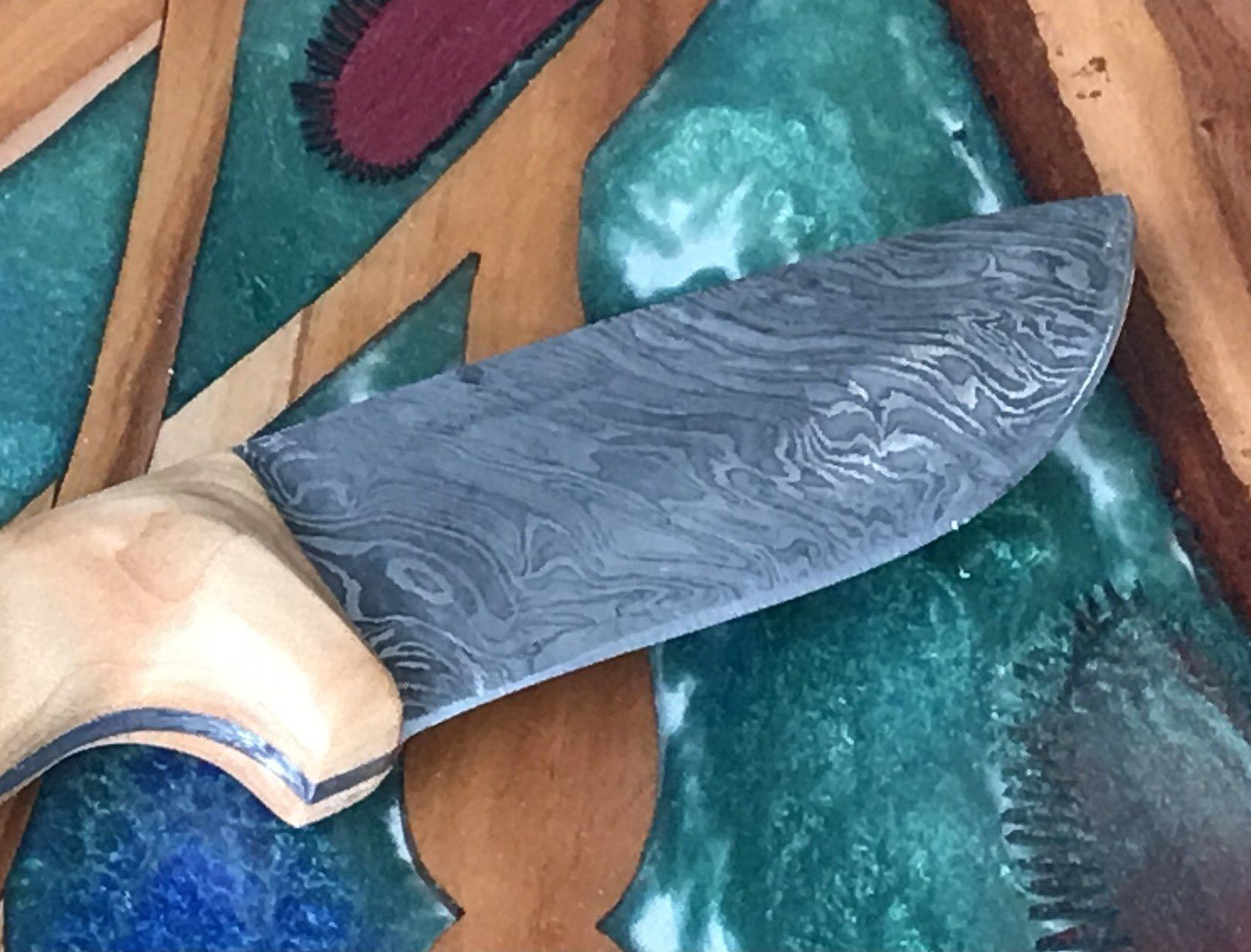 Ventana Quilted Maple Knife Damascus Steel Blade