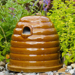Bee Shelters and Insect Habitats for Healthier Gardens!