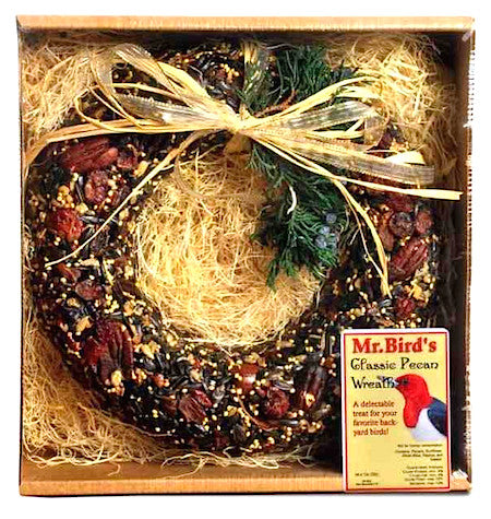 Deluxe bird feeder wreath has usable packaging for your birds