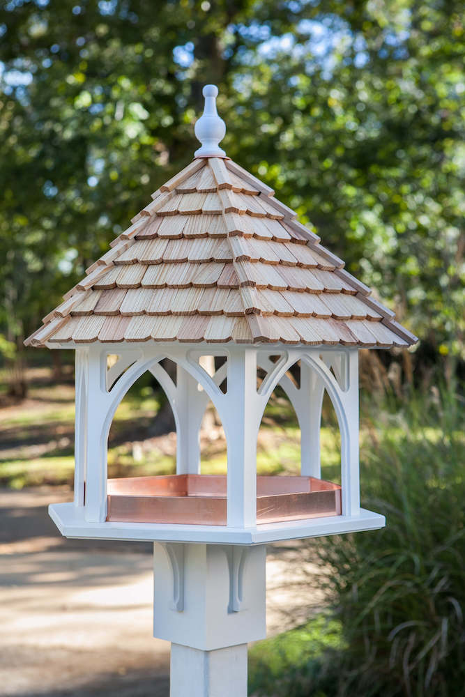 Grand Gazebo Fly-Thru Bird Feeder