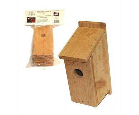 Chickadee Birdhouse Kit