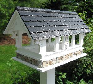 Covered Bridge Fly Thru Bird Feeder-Black Shingle Roof