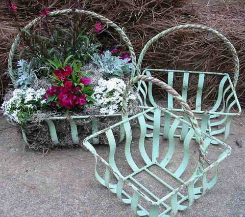 Verde Iron Planter Set