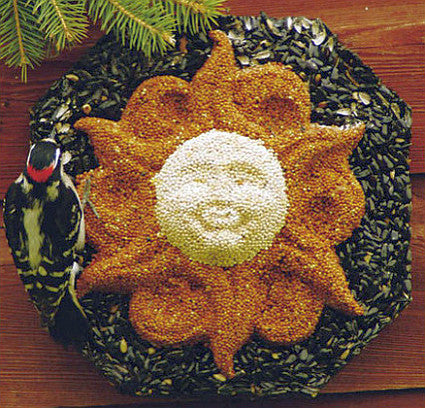 Large Sun Face Birdseed Wreath