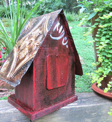 Rustic Birdhouse with easy clean-out