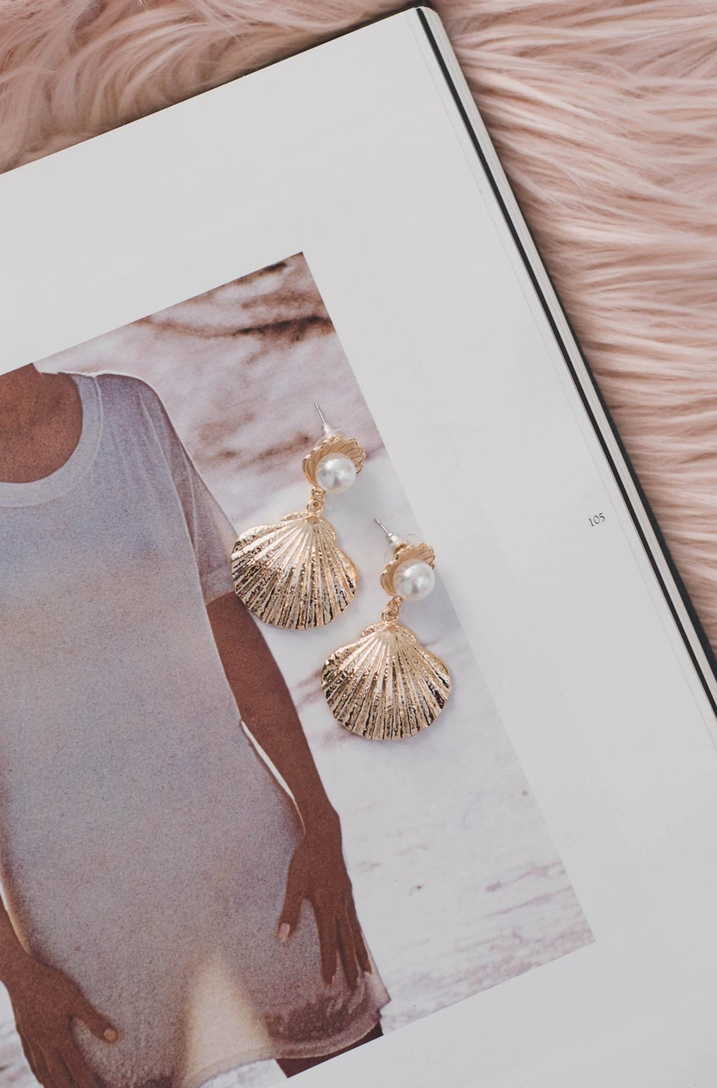 Ariel Shell Earrings || Gold | SUNSHINE DREAMER ONLINE