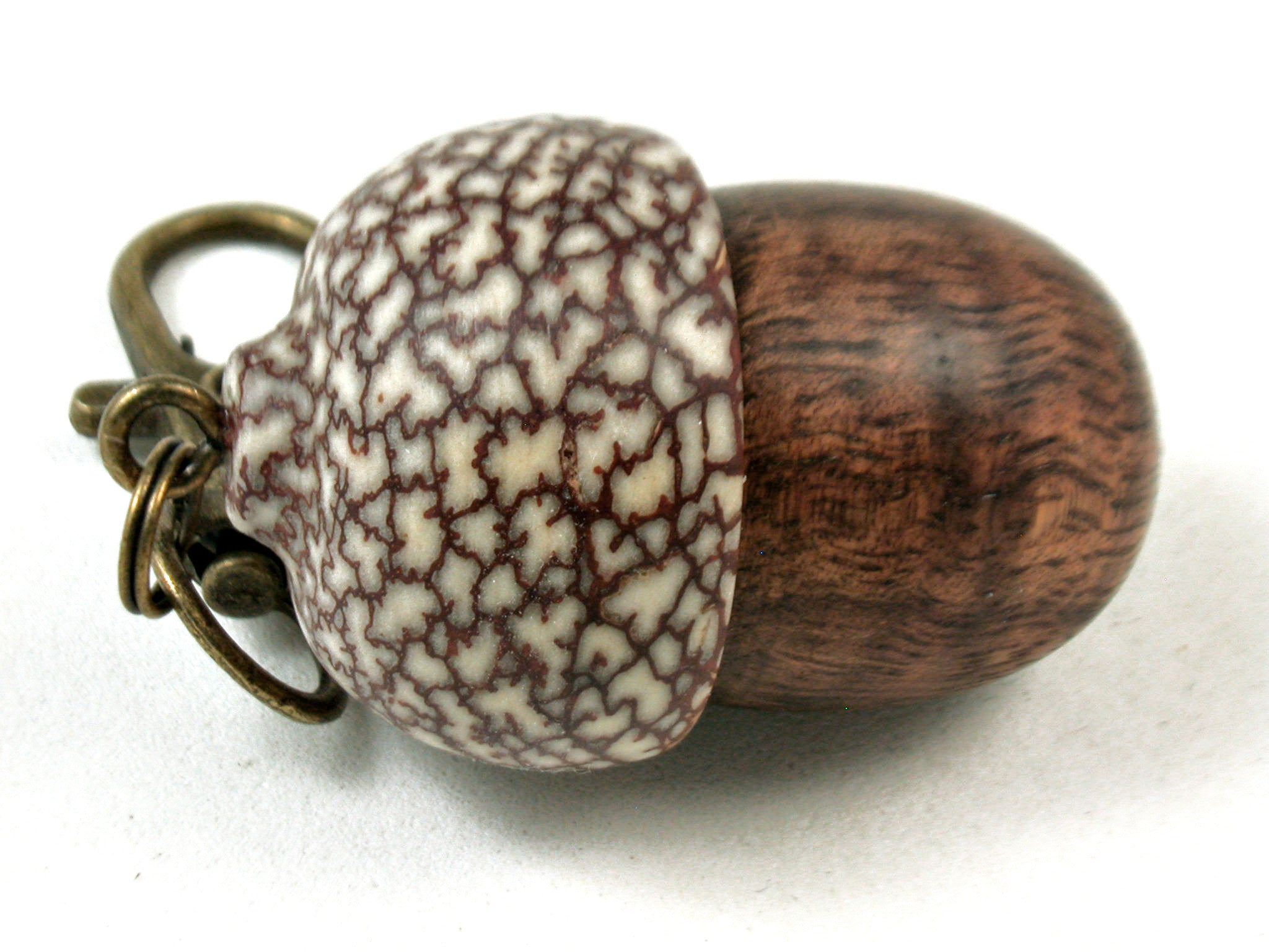 LV-3485  Curly Koa & Betelnut Acorn Pendant Box, Charm, Keychain-SCREW CAP