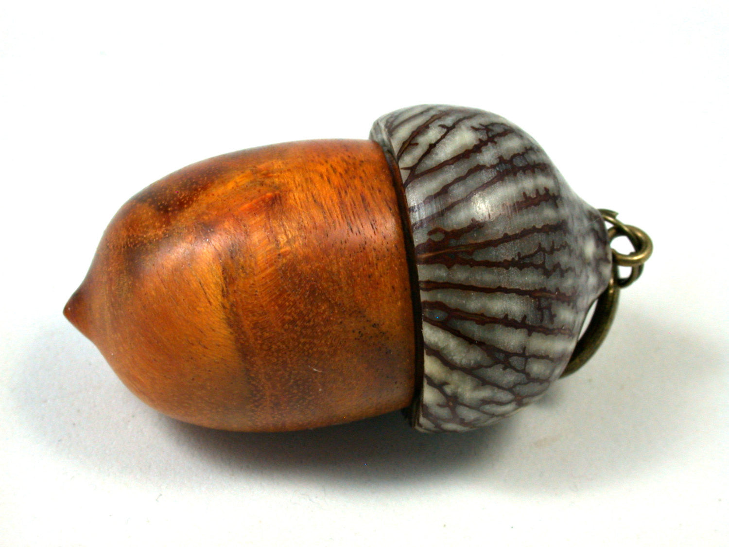 LV-1644 Sappanwood & Betelnut Acorn Key Fob, Pill Holder, Secret Compartment-SCREW CAP