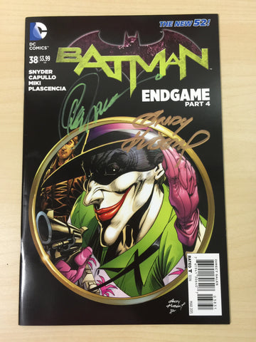 Batman 38 ***Signed by Greg Capullo and Andy Kubert***