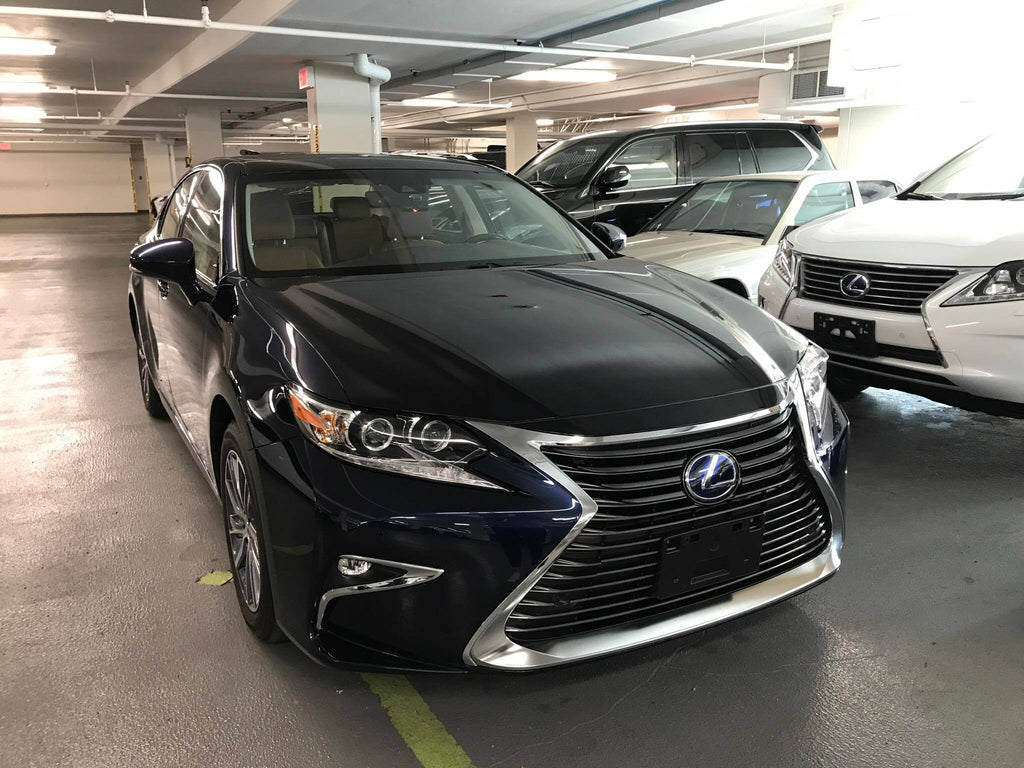 Openroad Lexus Richmond. Lexus ES300h with a Qvia AR790