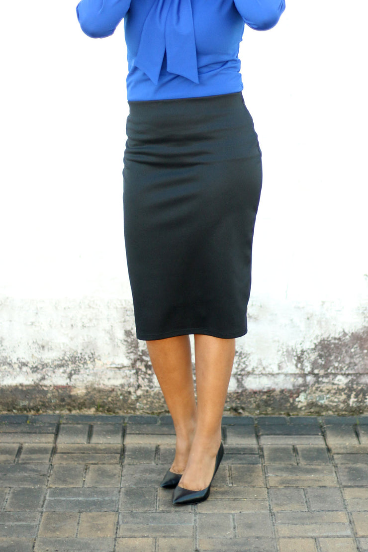 Black Essential Knit Skirts